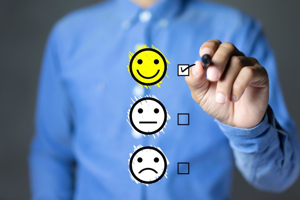 Por que utilizar depoimentos de clientes satisfeitos é uma estratégia  importante para o marketing digital?